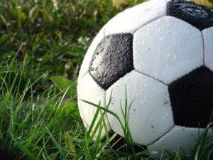 Piłkarska liga seniorów,